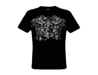 Camiseta con calavera y hachas