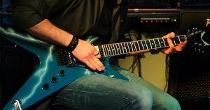 """Test Heavy Metal - ¿Quién hizo el primer """"power slide"""" en la historia del rock?"""
